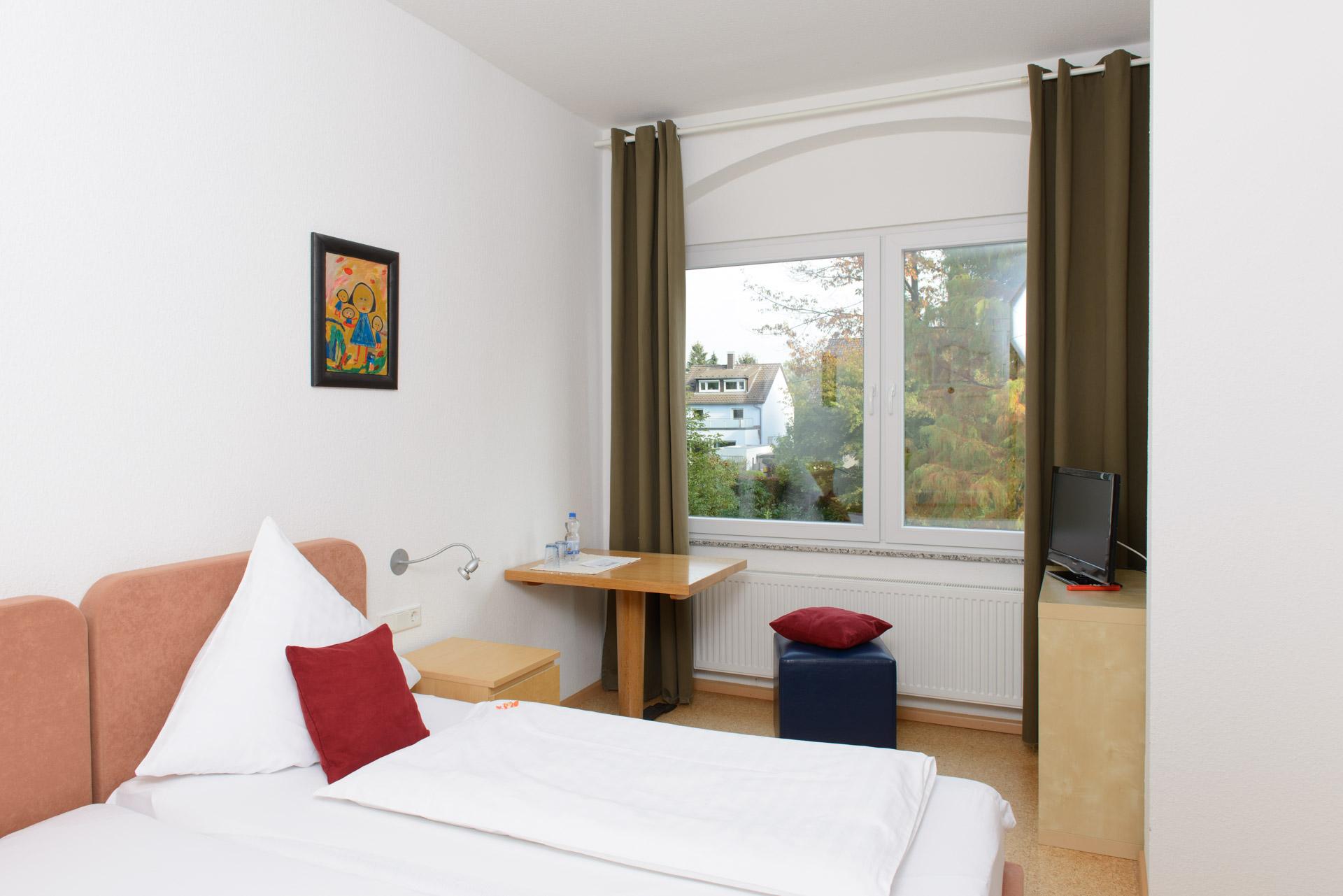 Blick in ein Zimmer Hotel INNsel26 in Oberhausen