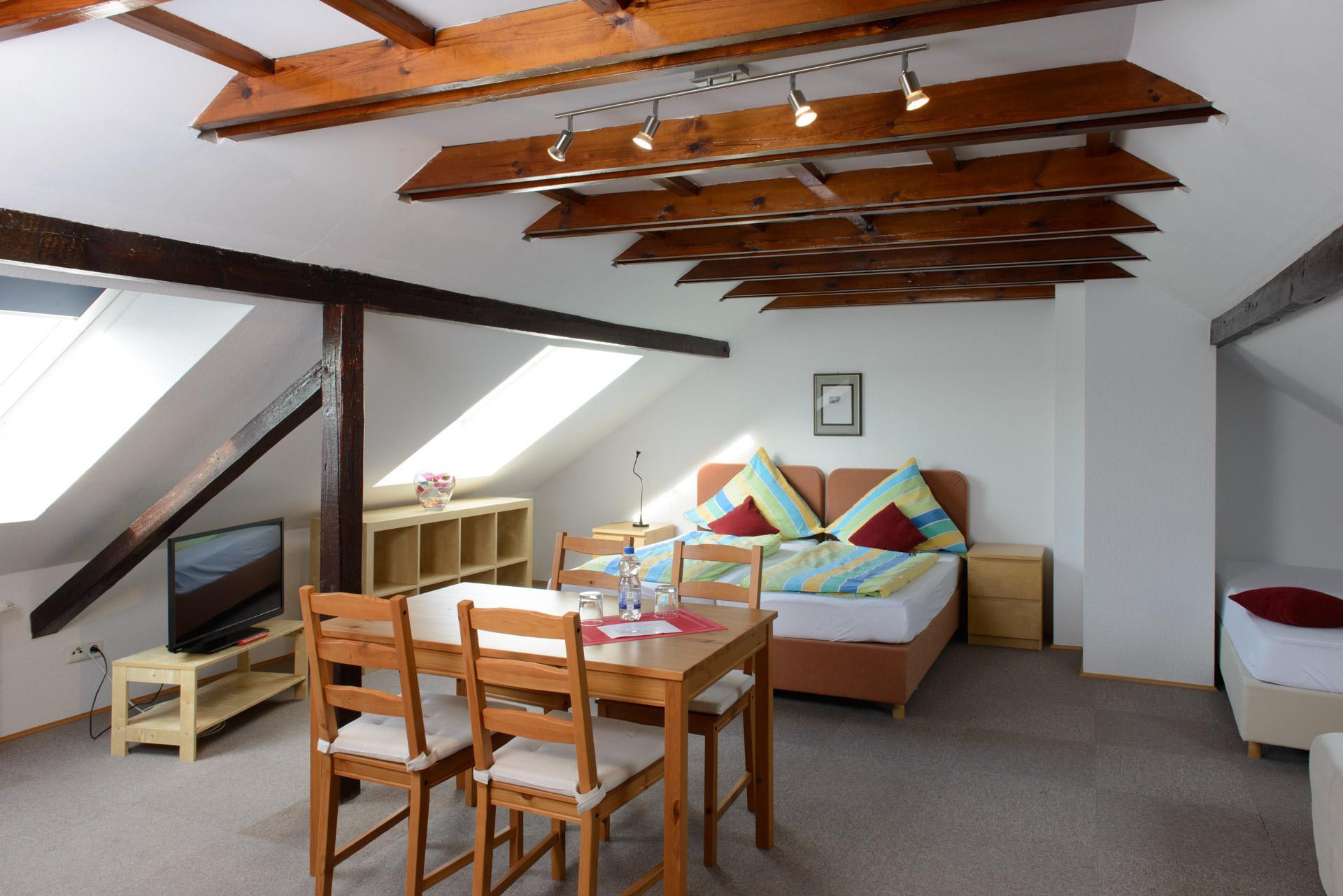 Familienzimmer Hotel INNsel26 Oberhausen